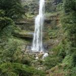 Il salto delle cascate di Juan Curi vicino a San Gil in Colombia